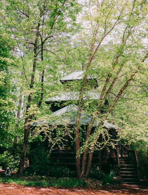 TreeHouseFront-500px